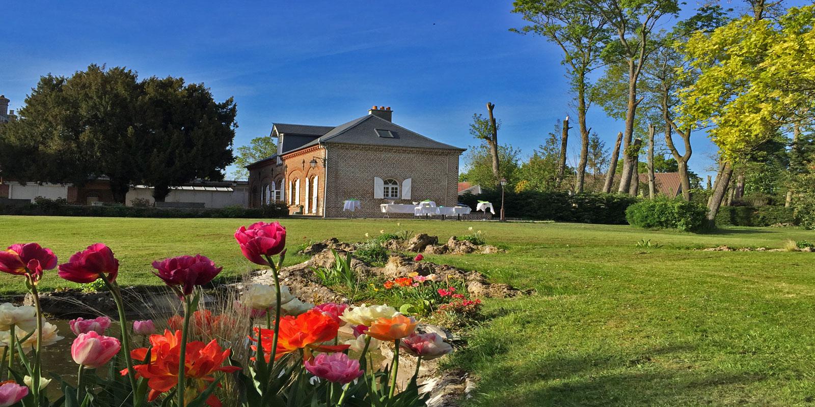La Roseraie 80 - un domaine de charme avec parc  et jardin pour séminaires et réceptions