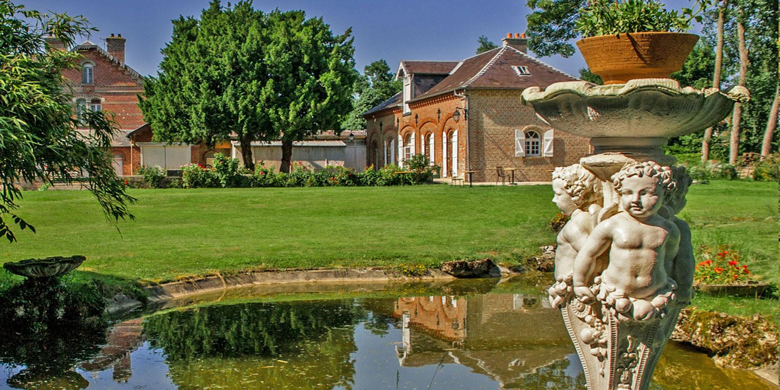 Une demeure de charme authentique avec parc et jardin à la Roseraie80